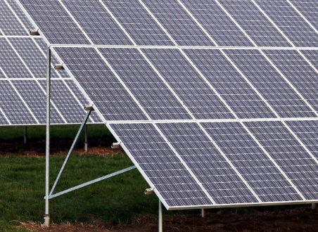 सौर ऊर्जा बन रही किसानों का सहारा